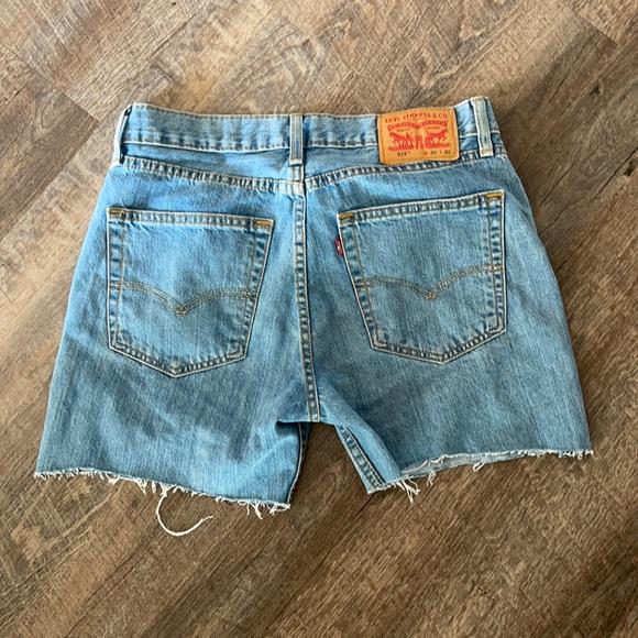 Levi Mid length shorts!
